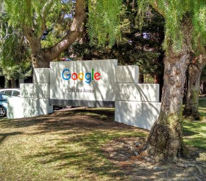 new-google-logo-entrance-1441194430